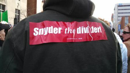 snyder_divider